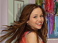 Play Hannah Montana Rock Star Fashion Challenge, and help Miley find the perfect outfit that will transform her into Hannah Montana.